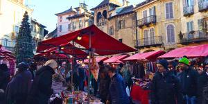 mercatini_natale_16_domo_giorno_piazza.jpg