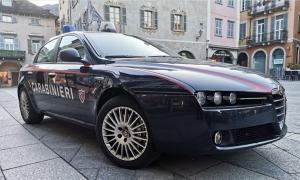 auto piazza mercato giorno carabinieri